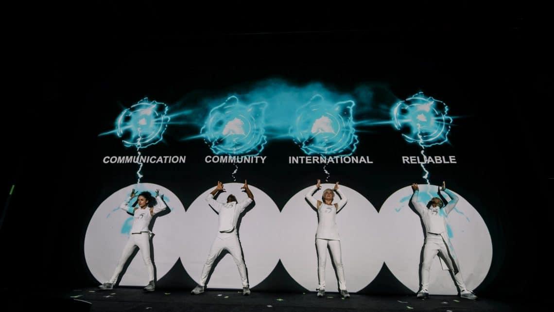 Show | Leinwand | Tänzer | Performance